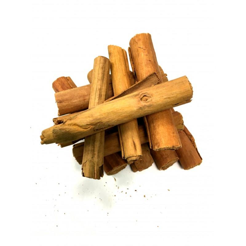 Canelle en cigarette